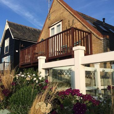 Review ~ Sleep: Sunset Cottage, Whitstable