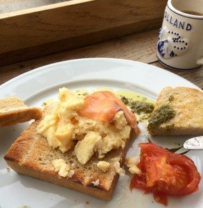 Review: Cafe Whitstable {cafe} #dog friendly, cafe www.scruffylittleterrier.com