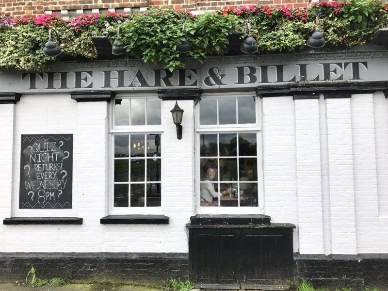 Dog Friendly Pub & Perfect Sunday Roast at The Hare & Billet